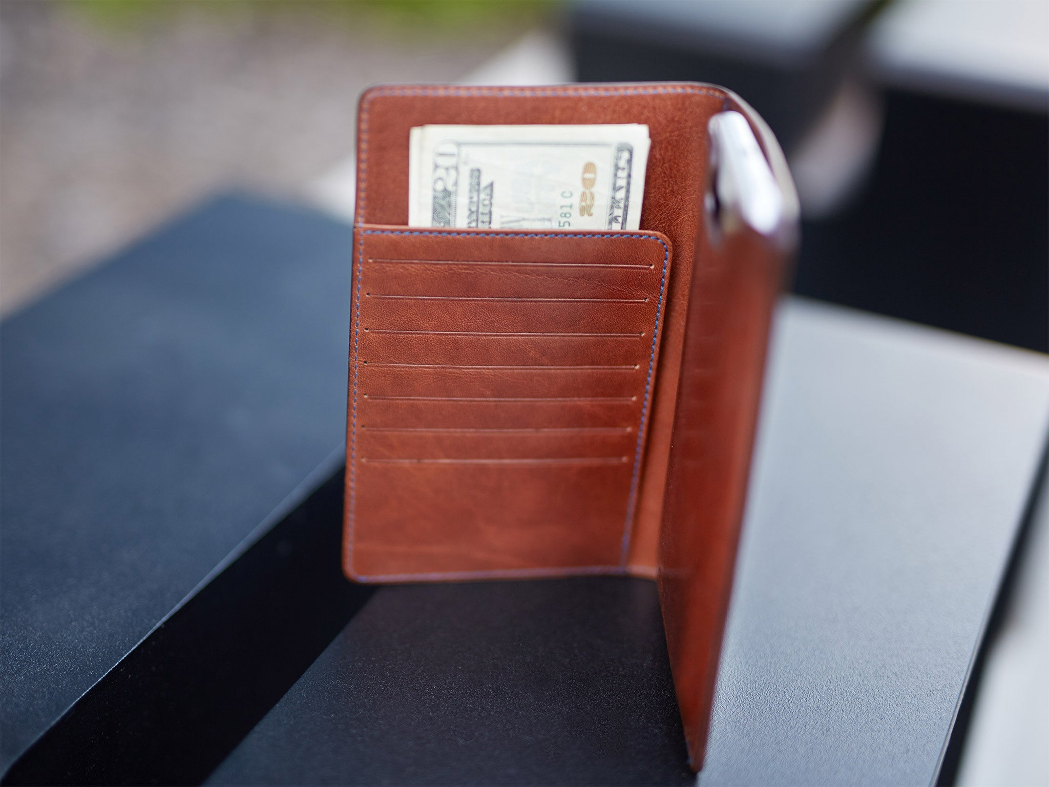 Leather wallet with iPhone 6/6s/7/8 Plus case dark brown