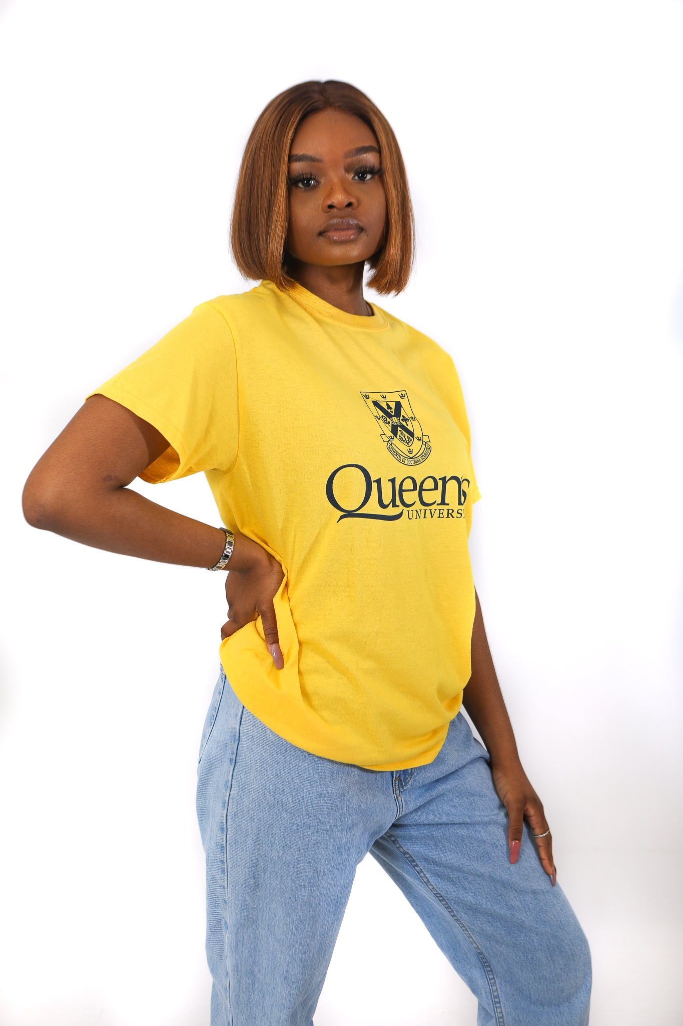 yellow tshirt with navy queens crest