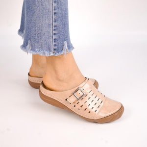 Women Metal Buckle Soft Leather Open Heel Casual Wedges Mule Sandals Clog