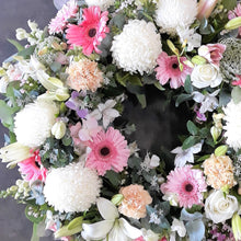 Load image into Gallery viewer, Pastel Wreath