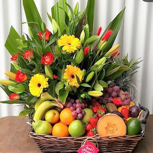 Deluxe fruit and Flower Hamper