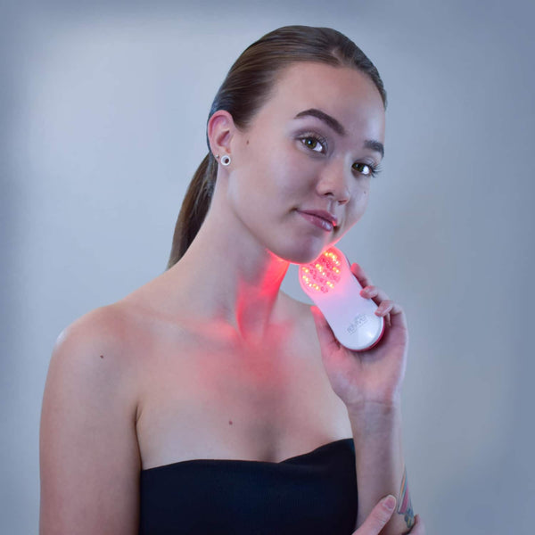 reVive Light Therapy® Essentials—Wrinkle Reduction & Anti-Aging
