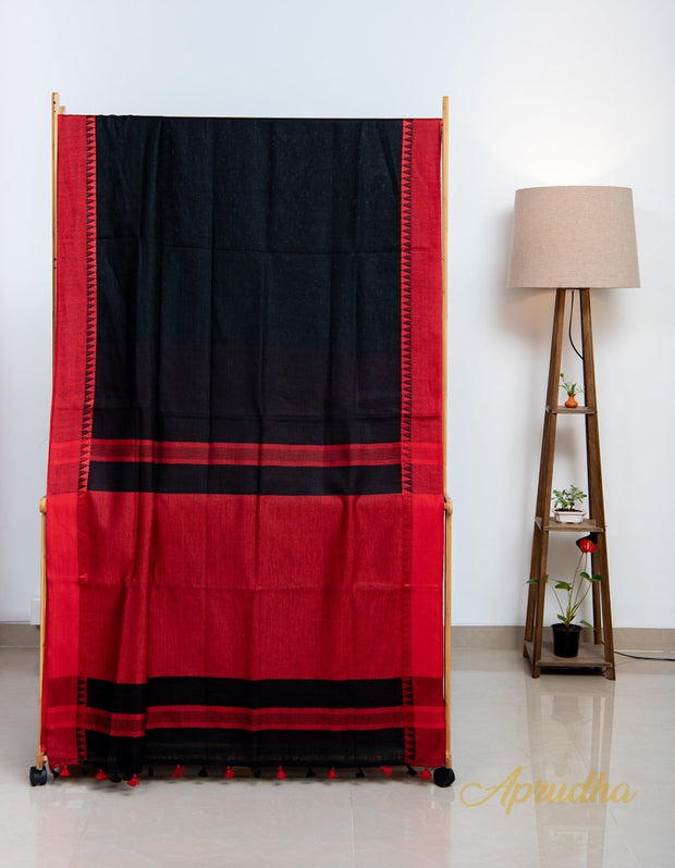 Midnight Black Contrast Linen Saree - Aprudha