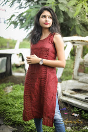 Brick Red Linen Shell tucks Sleeveless Kurti
