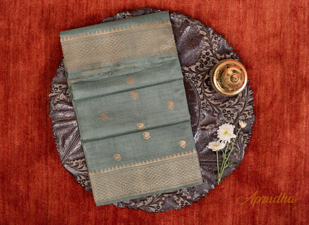 Grizzle Grey Kosa Pattu Saree