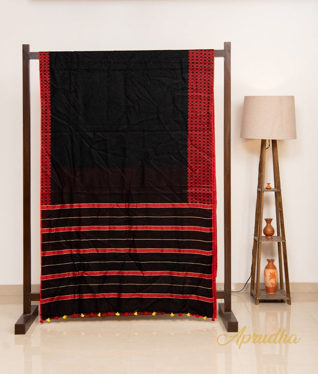 Forest River - Black Linen Saree - Aprudha