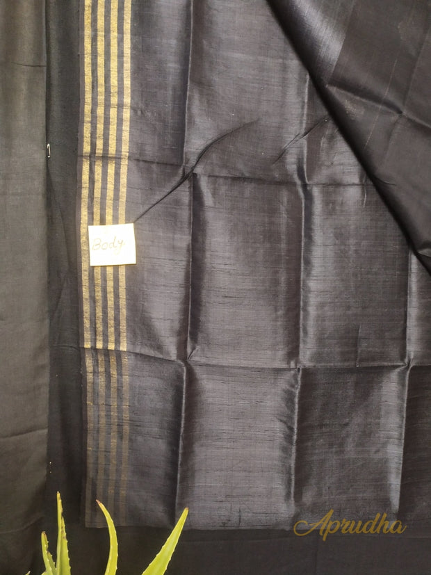 Pebble Grey Silk Saree In Metallic Shade