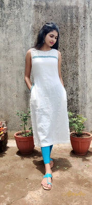 Pure cotton White Kurti With Embroidery - Aprudha