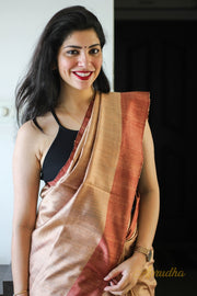 Lakhi In Light Copper
