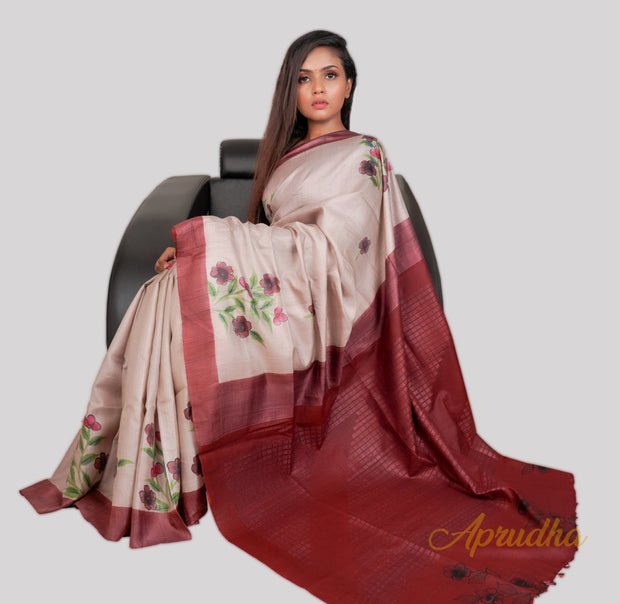 Beige Kosa Silk With Maroon BorderSpring In Dessert