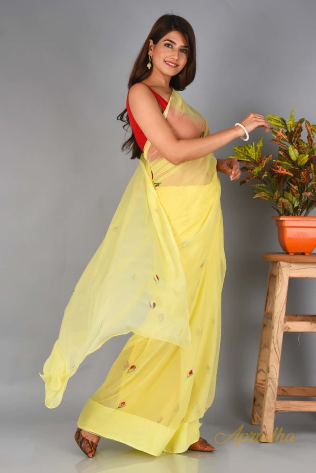 Rose Bud - Pastel Yellow Chiffon Saree