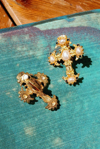 Vintage gold cross earrings - Mottive.inc