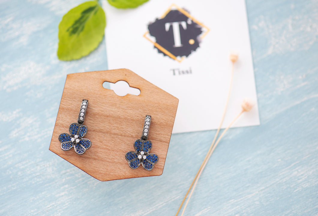 Suzy Blue Flower Earrings - tissinyc