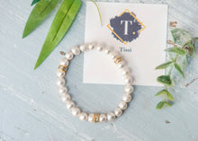 Load image into Gallery viewer, Pearl Bracelet - tissinyc