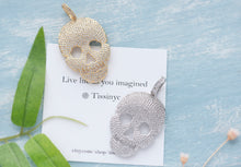 Load image into Gallery viewer, Luxe Pave Skull Pendant - tissinyc