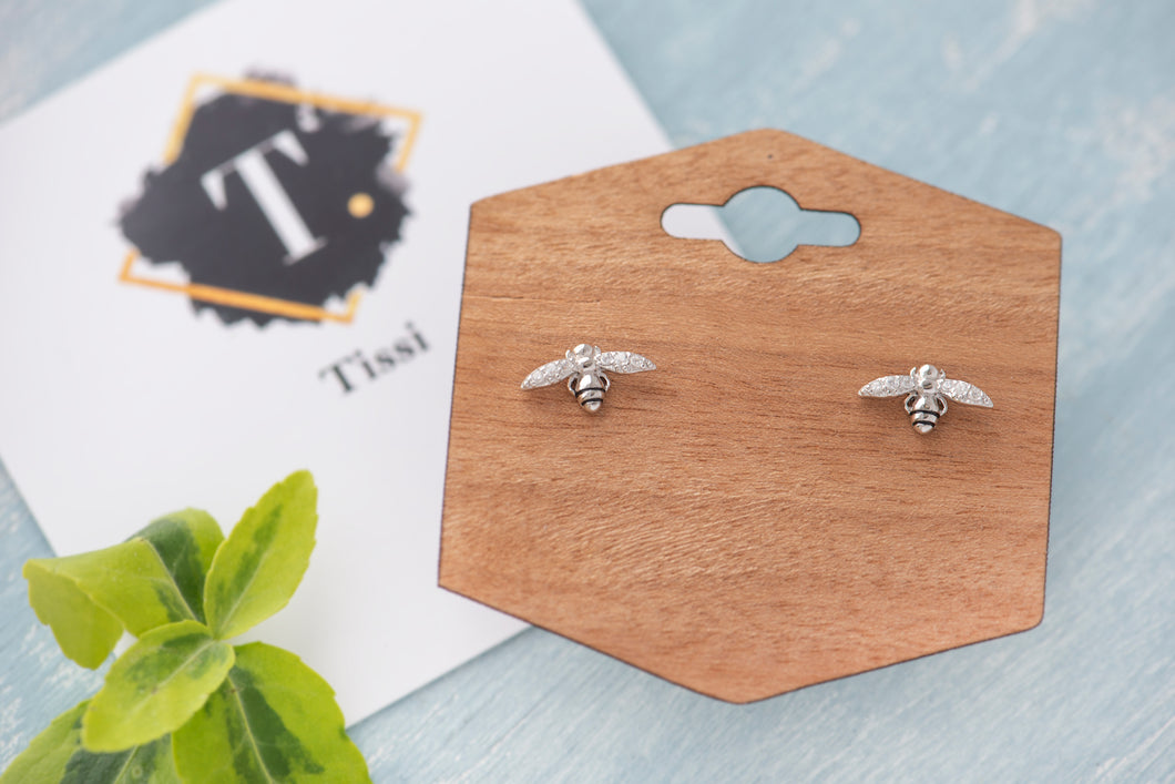 Tiny bee studs - tissinyc