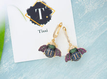 Load image into Gallery viewer, Alice Bee Dangling Earrings - tissinyc