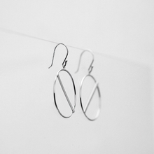 Load image into Gallery viewer, Mindy Circle Earring With Sideways Bar - tissinyc