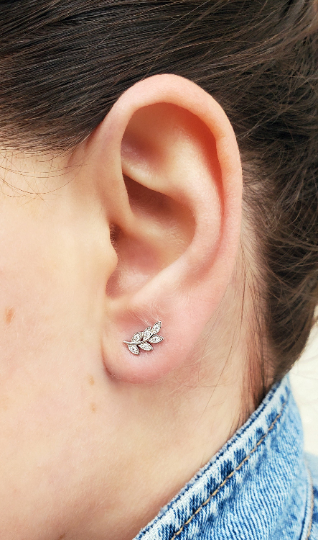 Georgia Silver Leaf Flower Stud Earring - tissinyc