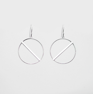 Mindy Circle Earring With Sideways Bar - tissinyc