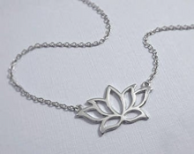 Load image into Gallery viewer, Lotus Flower Necklace - tissinyc