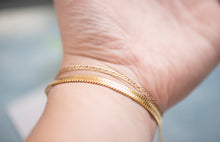 Load image into Gallery viewer, Leo Gold Herringbone Bracelet - tissinyc
