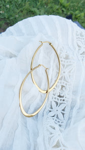 Laurie Oval Hoops - tissinyc