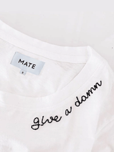 Load image into Gallery viewer, 圓領刺繡字樣tee - Give a Damn