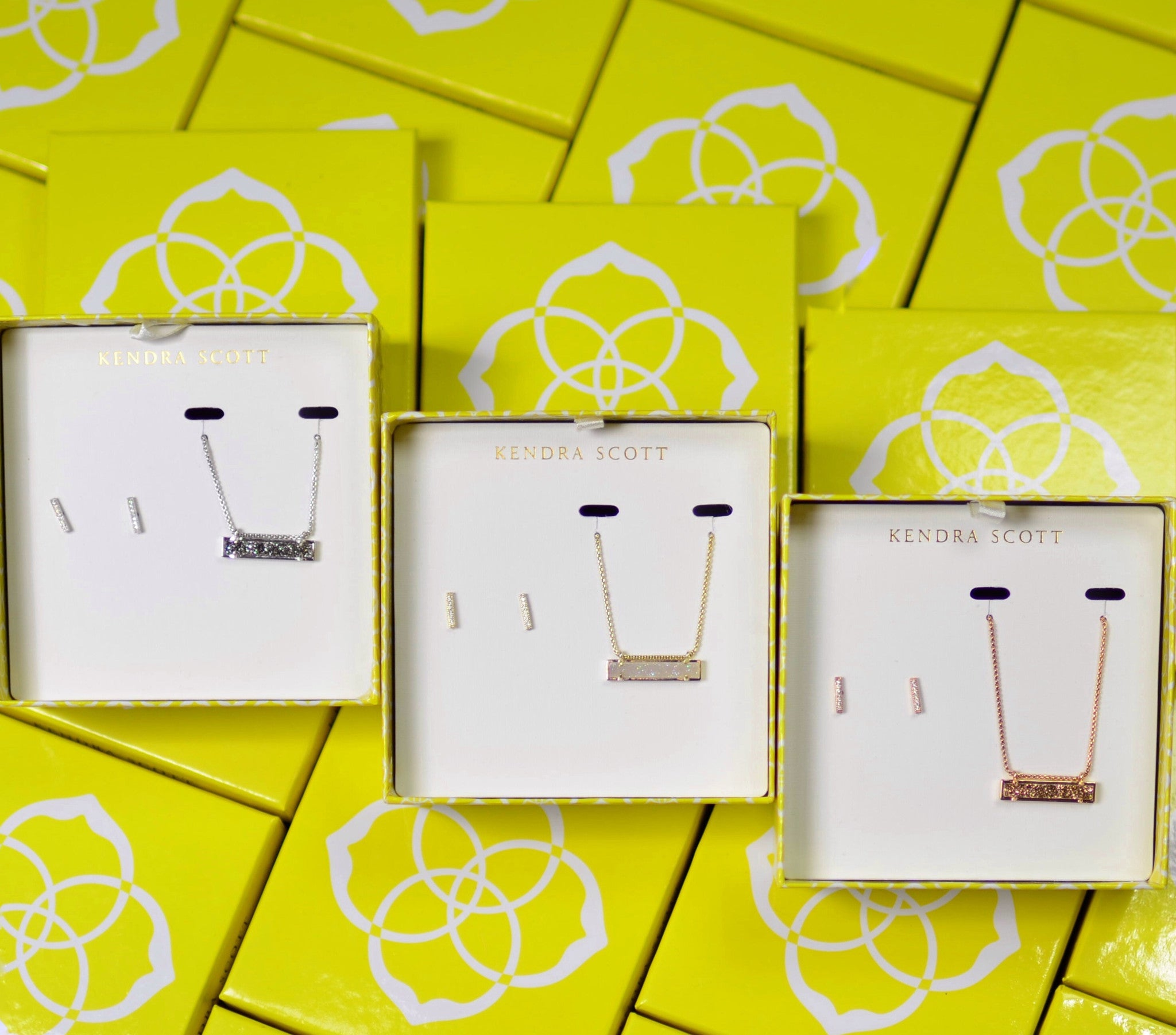 Kendra Scott Leanor & Jon Gift Set