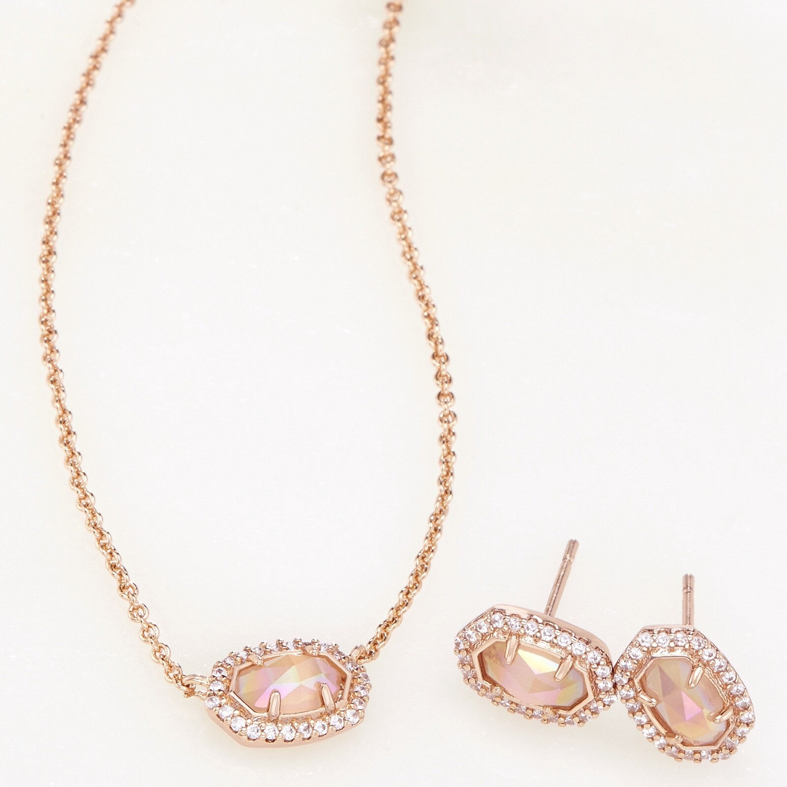 Cade Earrings and Chelsea Necklace Set in Iridescent Peach Cat