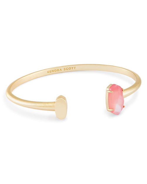Vada Pinch Bracelet In Blush Pearl
