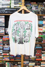 Load image into Gallery viewer, Vintage African American Strong Minds Tee size M/L