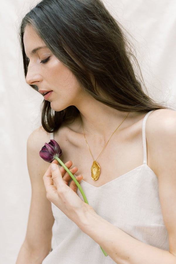Tulip Necklace