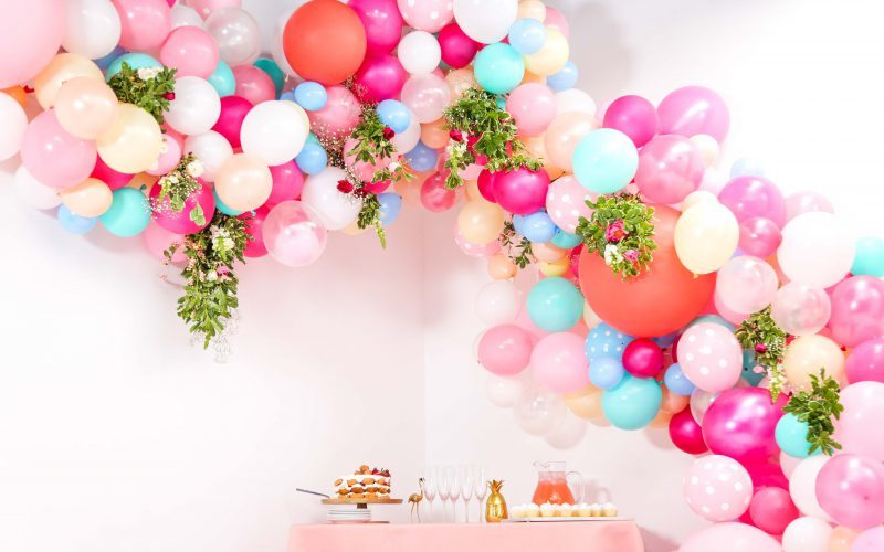 How to Create a Wedding Balloon Arch