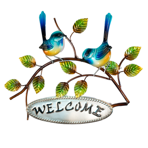 Fantail welcome sign