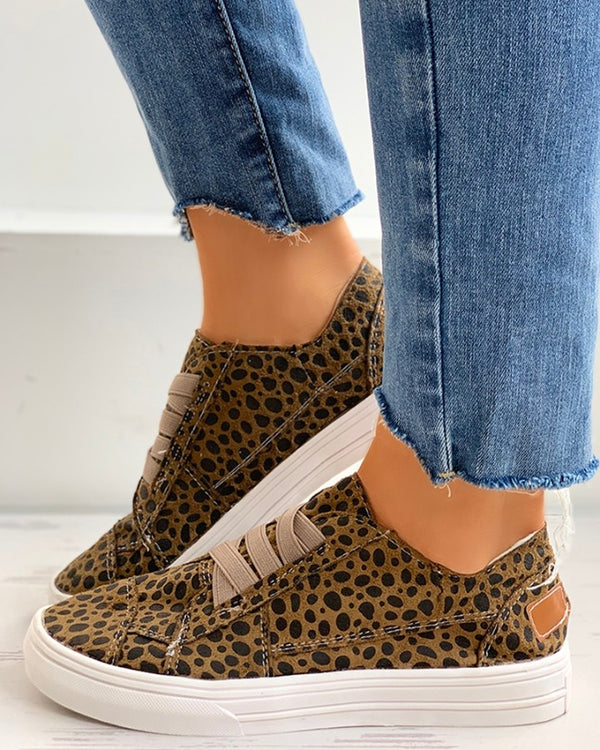 Cheetah Solid Lace-Up Casual Sneakers