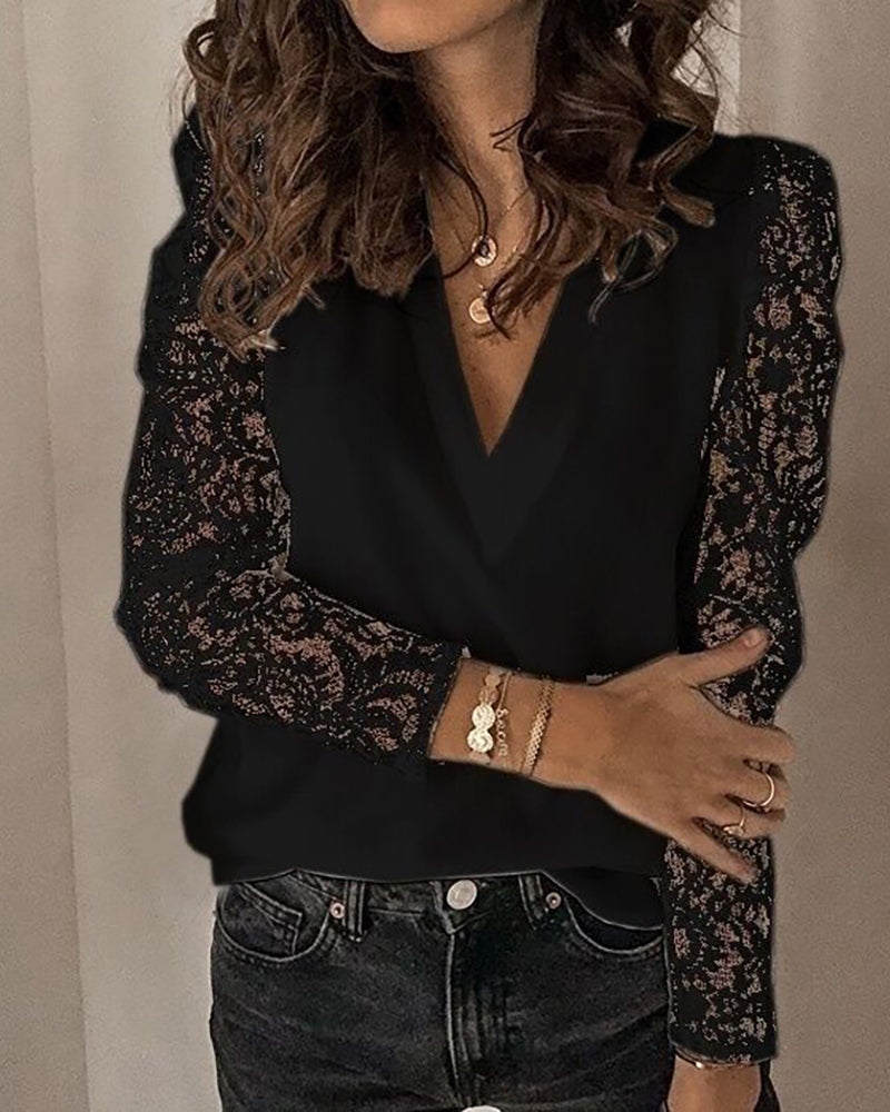 Long Sleeve Lace Patchwork Blouse