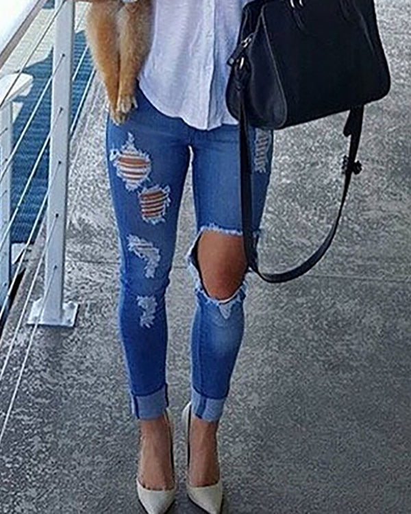 Ripped Baggy Slim Jeans