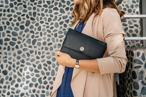 Edie Envelope Crossbody - Black