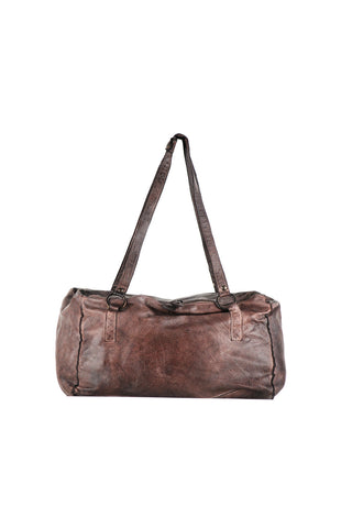 Medium sized shoulder bag with double ring detail on the strap.