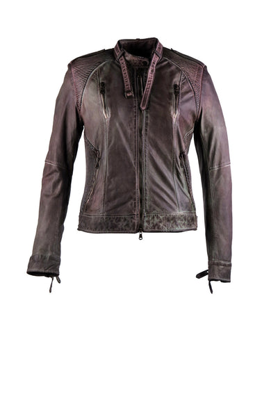 Biker jacket with four front pockets, two side pockets on the bottom and two on the chest. With a neck buckle design and shoulder lining design.