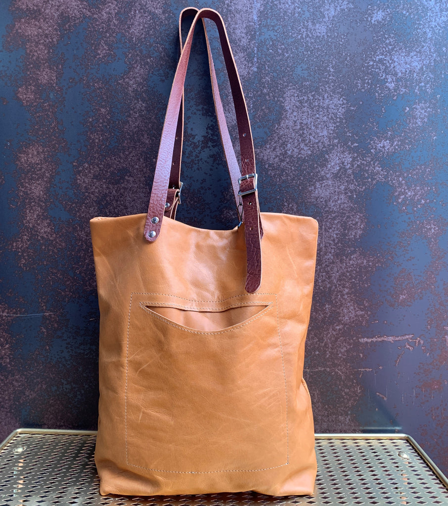 AmFm Stacy Leather Tote Bag in Camel