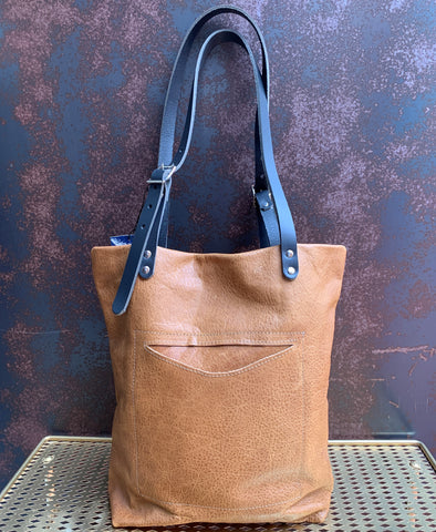 AmFm Stacy Leather Tote Bag in Tan