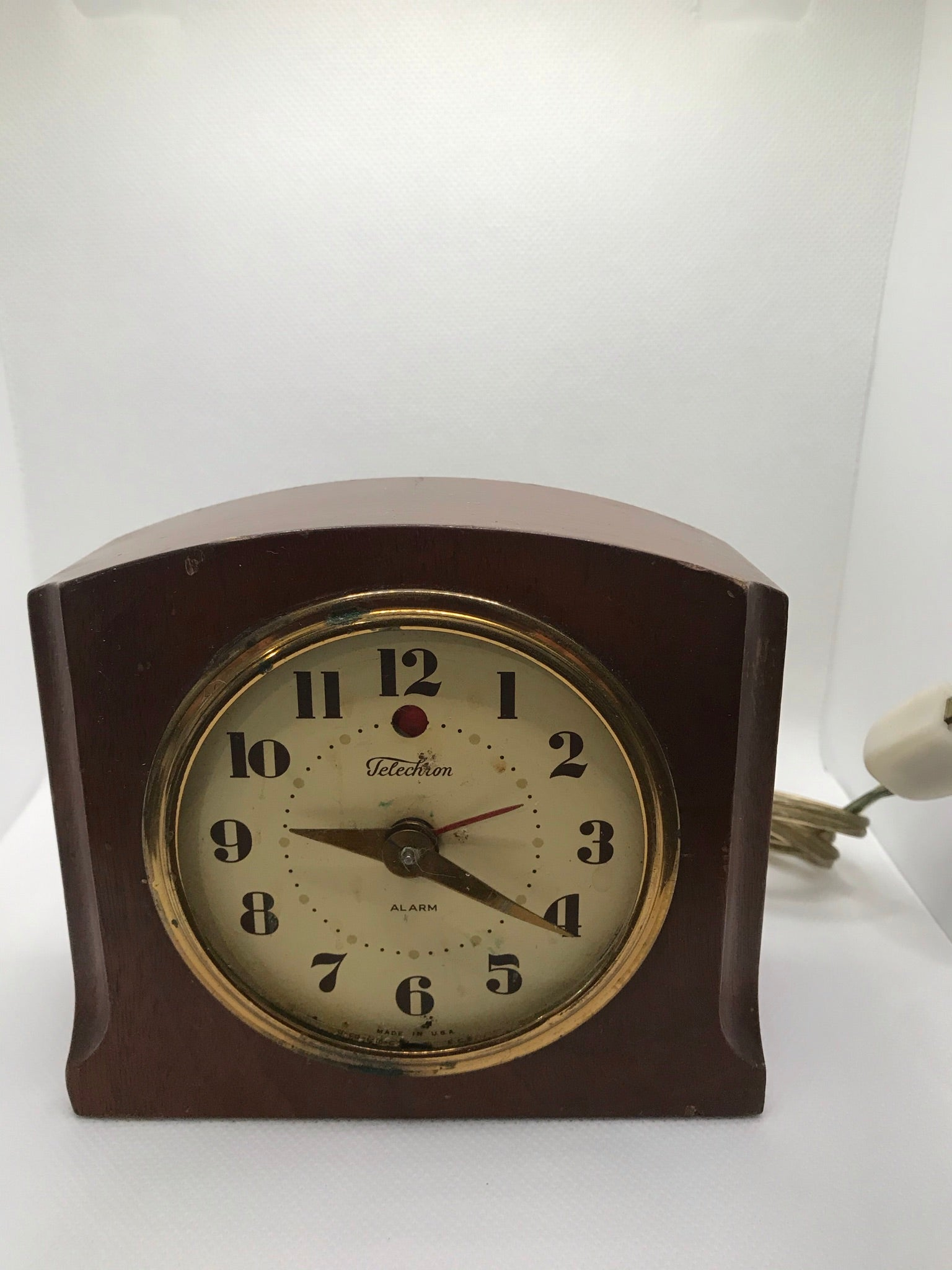 Vintage | Telechron Electric Clock by GE |Solid Wooden Case