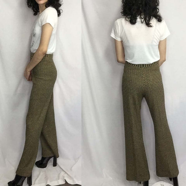 Vintage 60s 70s | Knit Groovy High Waisted Boho Hippie Bell Bottoms | M/L