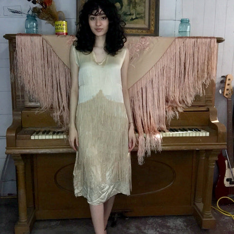 Antique 1920s | Silk Off White Fringe Flapper 20s Dress | Size S