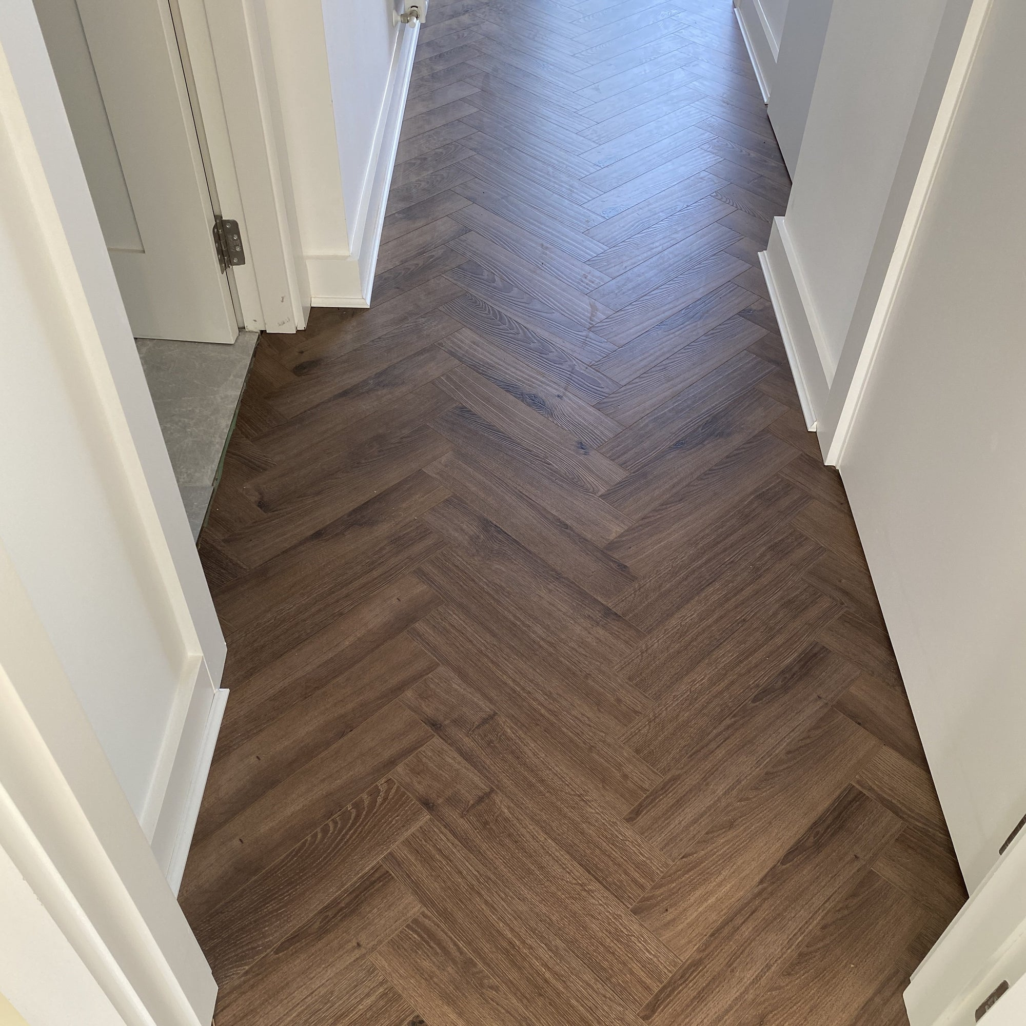 Mocha Oak Herringbone