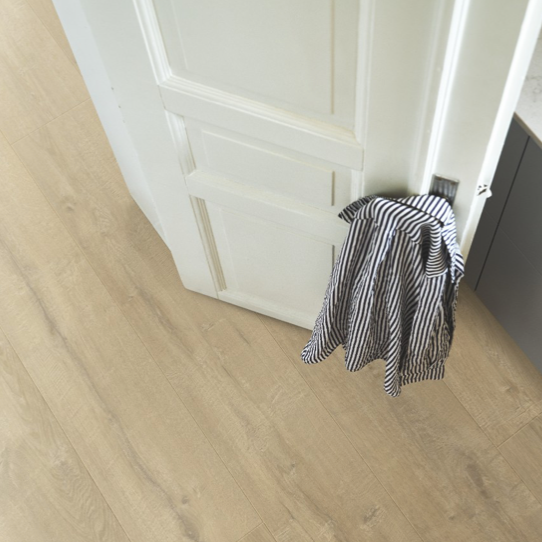 Pergo Beach Town Oak Laminate (Long & Wide)