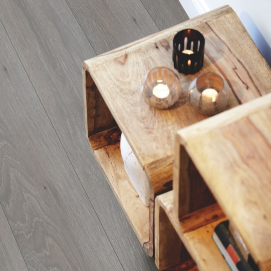 Pergo Urban Grey Oak Laminate (Modern Plank 4V)