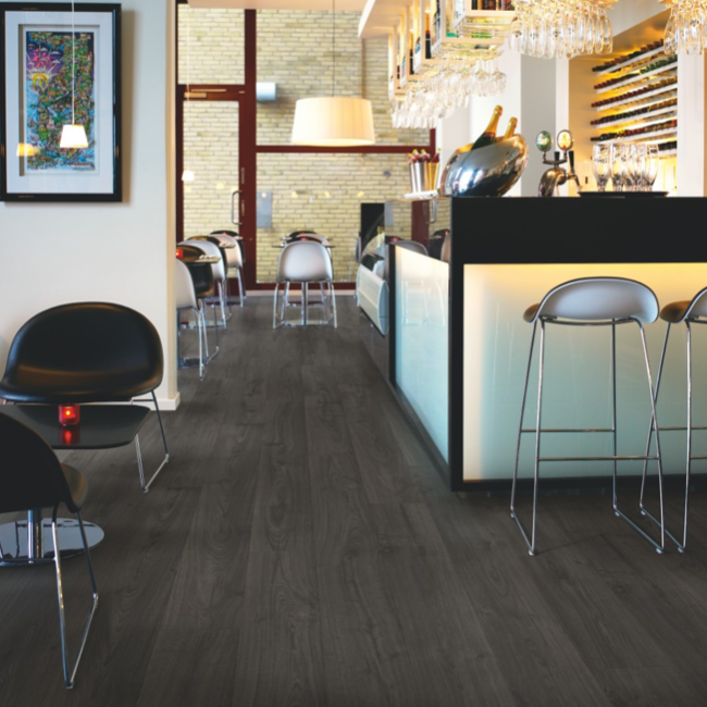 Pergo Black Pepper Oak Laminate (Modern Plank 4V)